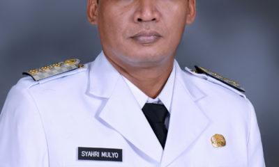 Bupati Syahri Mulyo